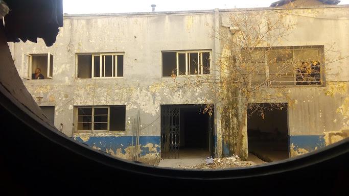 Fabrica Sanitas, foto de Gabriel Espinoza