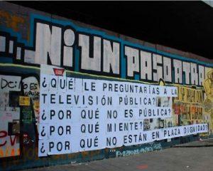 Paisaje de la Protesta en Plaza Dignidad de Santiago, Chile
